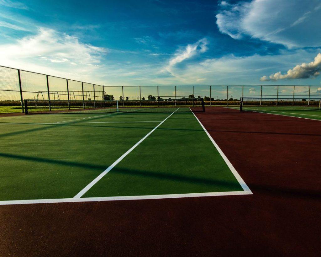 Siatki na piłkochwyty dla szkół