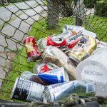 Ogrodzenie wysypiska śmieci i sortowni odpadów – jaką siatkę wybrać?