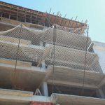 Siatka na wnęki – zabezpieczenie okien, balkonów i szybów wind