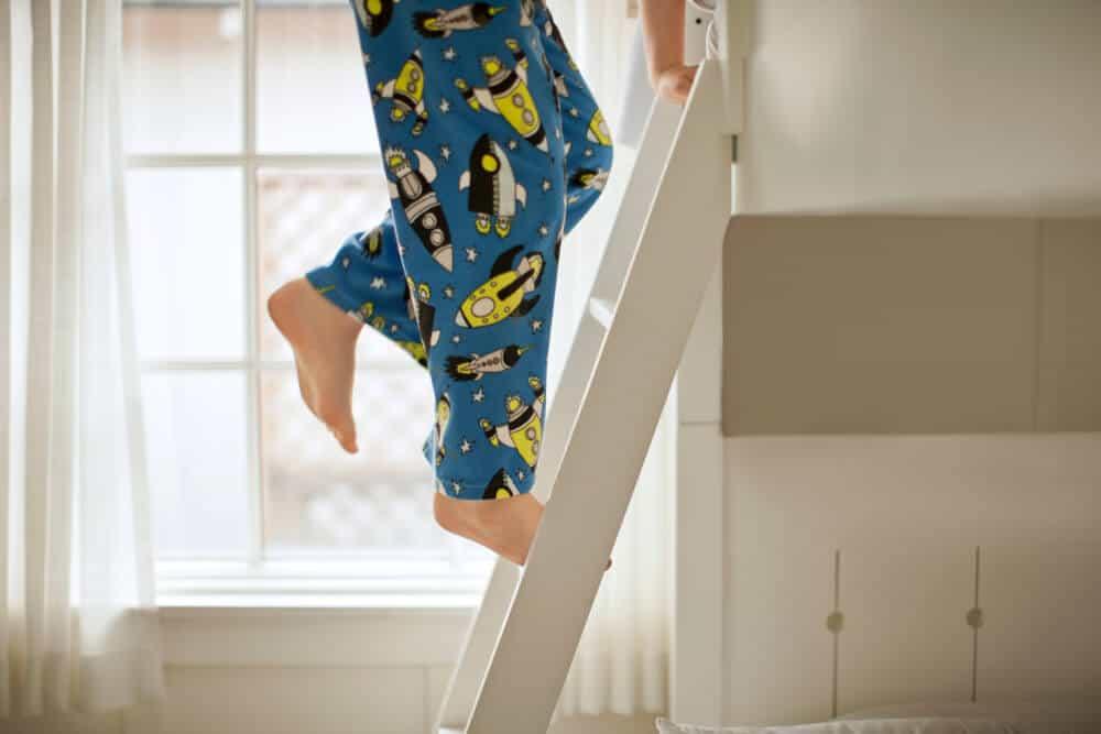 Zabezpieczenie łóżka piętrowego